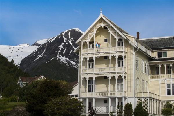 Hotel Kviknes